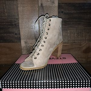 BRAND NEW Open Toe Ankle boots